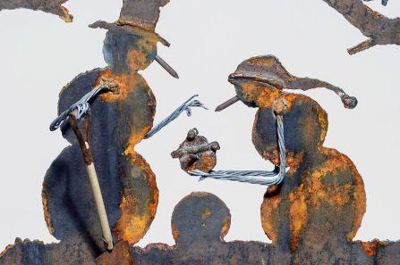 des-sculptures-dans-de-vieilles-pelles
