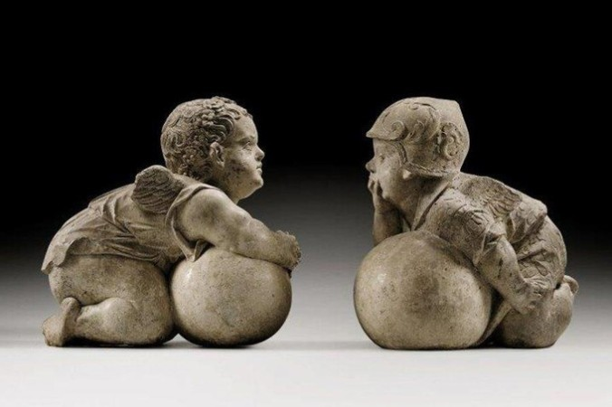 putti sculptures