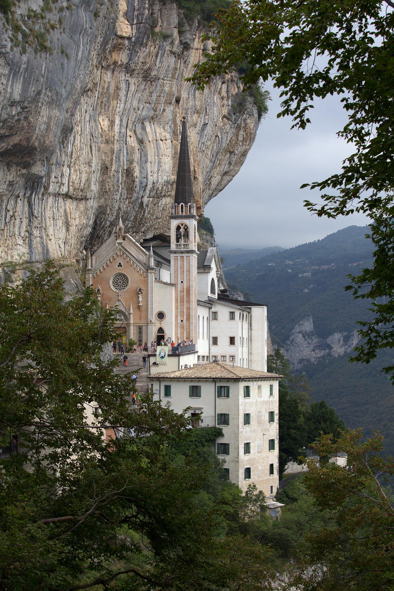 sanctuaire falaise 3