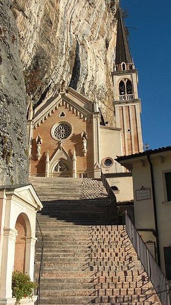 sanctuaire falaise 5
