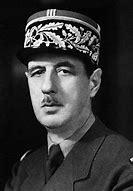 Résultat d'images pour général de gaulle 1945