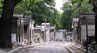 Résultat d'images pour cimetière du ''père lachaise '' images